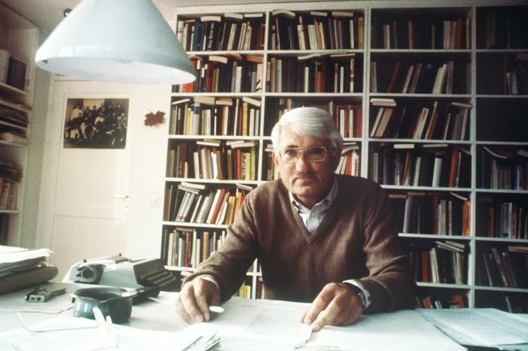 habermass jürgen summary Comparatively analyse jürgen habermas's theory of public sphere and m foucault's idea of heterotopiatopic: comparatively analyse jürgen habermas's theory of public sphere and m foucault's idea of heterotopia order description my essay topic is deliberately general and open ended.